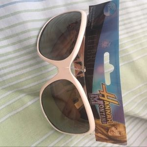 Other - 🔴White Hannah Montana glasses